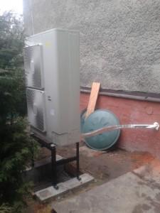 Venkovní část tepelného čerpadla vzduch voda HPSU Hitemp