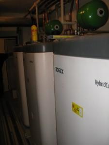 Zásobníky Hybridcube od Rotex těsně před napuštěním